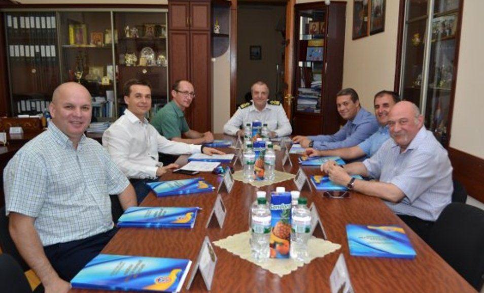Об'єднані крюїнгові гіганти відвідали Херсонську морську академію