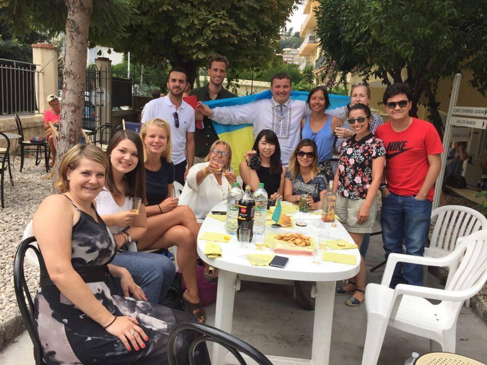 Як херсонці День Незалежності України за кордоном святкували