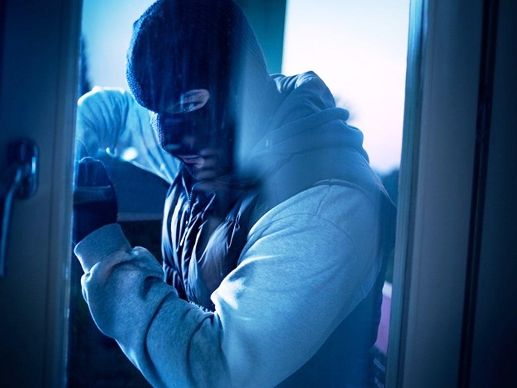 Зловмисникам з Нової Каховки Інтернет допоміг пограбувати кіоск