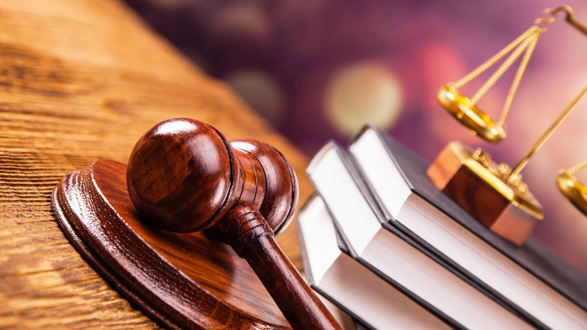Порошенко призначив чотирьох суддів на Херсонщині