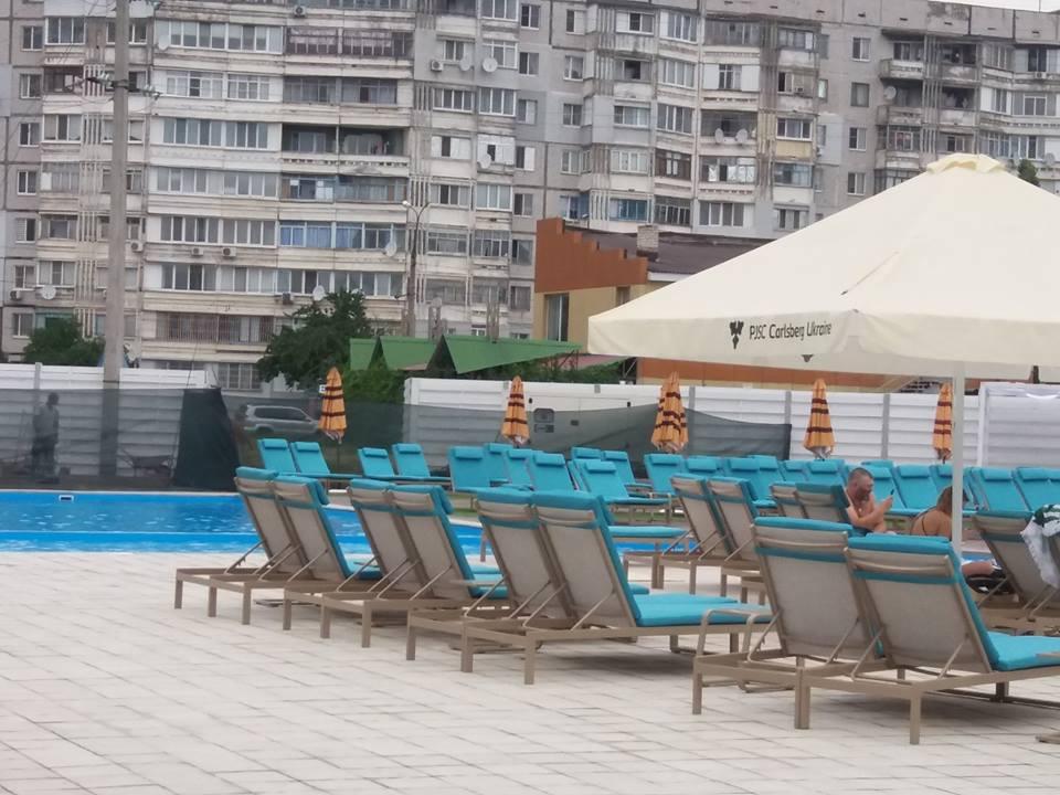 На Таврическом открыли аквапарк с 2-мя бассейнами и парой горок