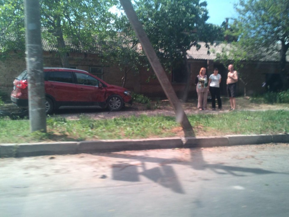 На аномальном перекрестке в Херсоне снова авария - почему же он притягивает несчастье (ФОТО)