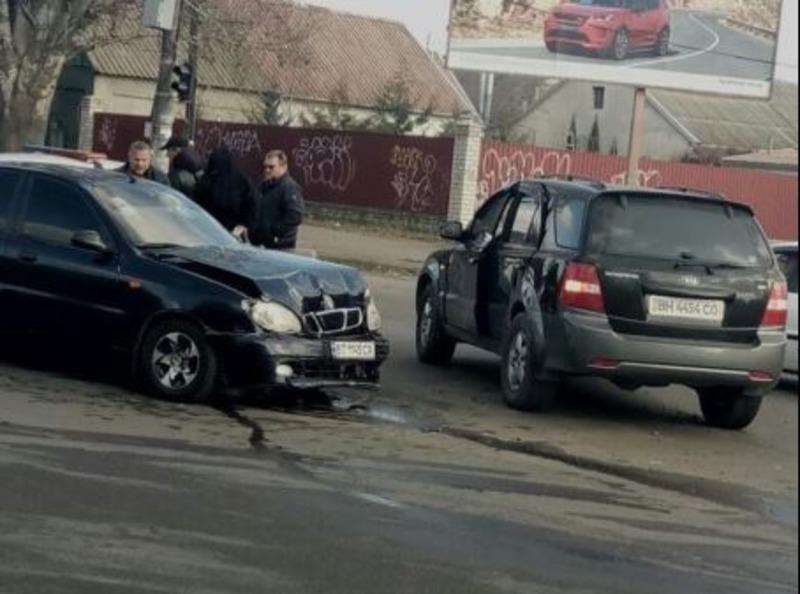 В Херсоне  ДТП на аварийном перекрёстке