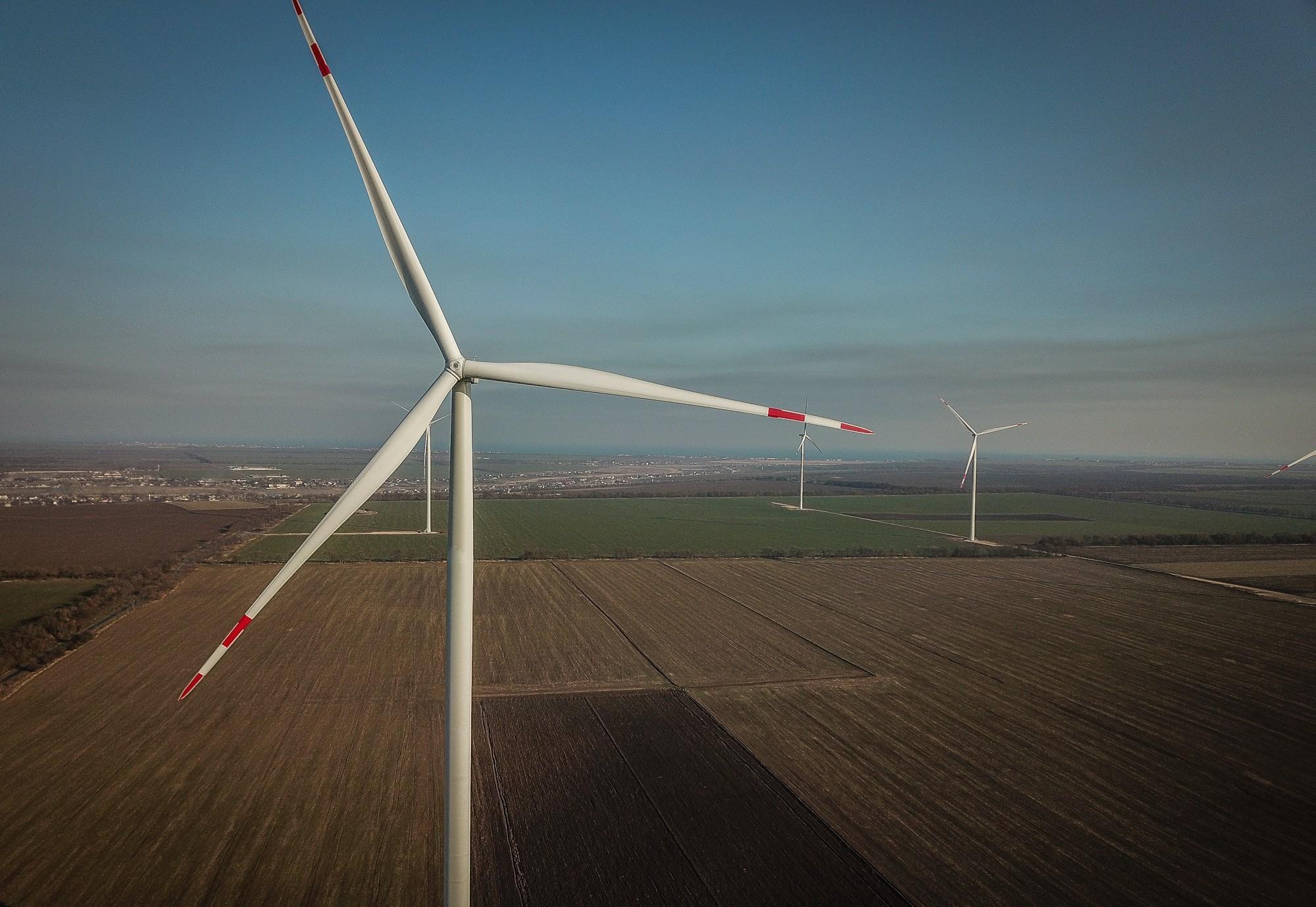На Херсонщине продолжается строительство одной из самых мощных в стране ветроэлектростанций - ВИДЕО