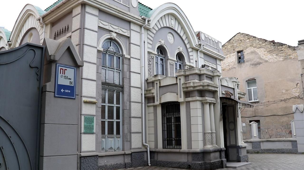 Херсонський суд обрав запобіжний захід підпалювачам синагоги, не врахувавши клопотання поліції