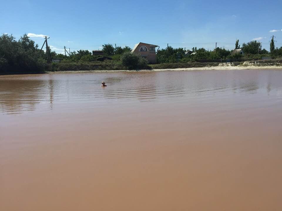 В Херсонской области у знаменитого розового Лемурийского озера, оказывается, есть